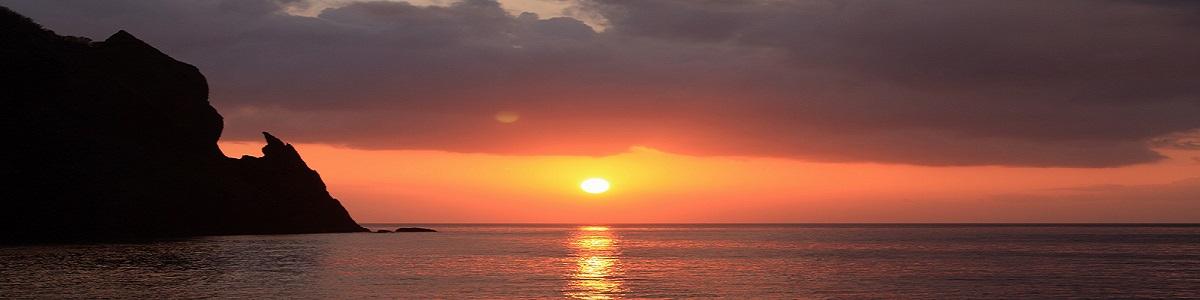 雷電、刀崖岩の夕日